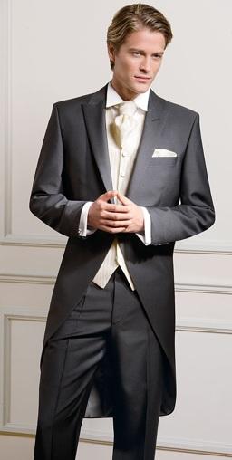 мужские костюмы и смокинги