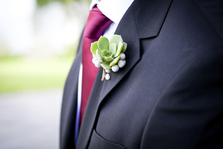 Свадебный мужской костюм или смокинг