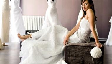 Переделка по фигуре свадебного платья - это нормально